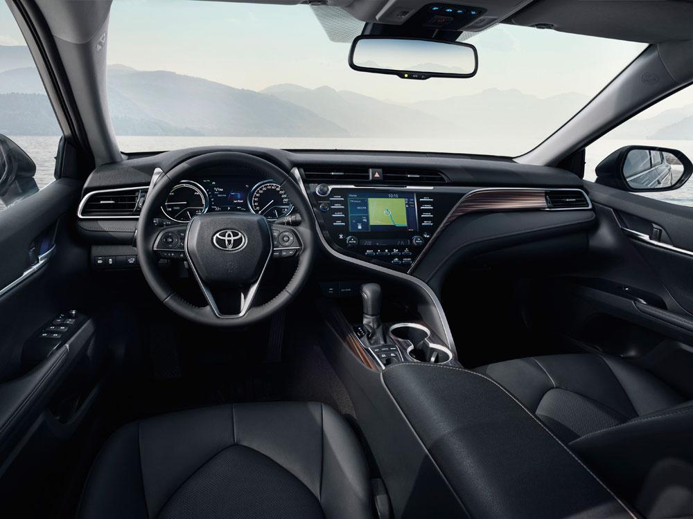 Nieuwe-Toyota-Camry interieur