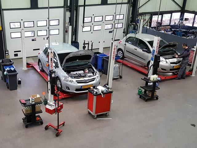 Garage Ramaker Maak een afspraak wanneer uw auto onderhoud nodig.