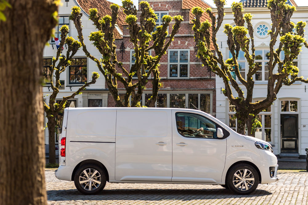 Toyota-PROACE-Electric