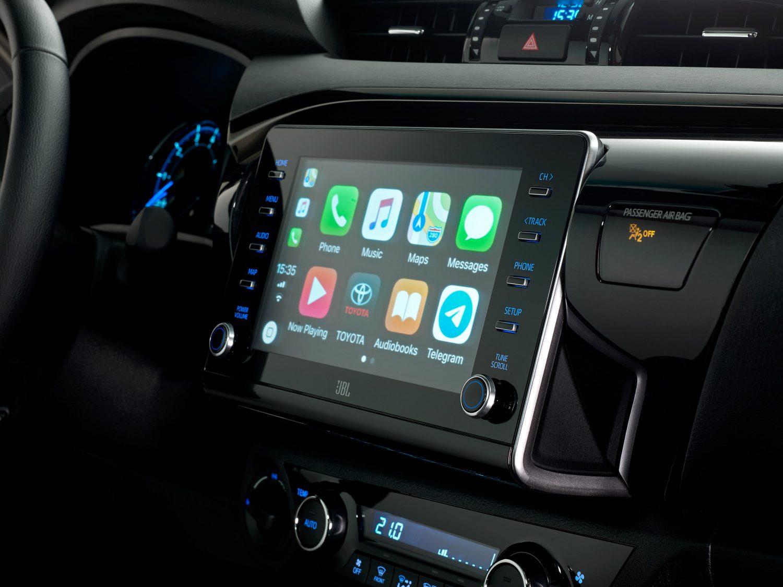 Toyota-Hilux-interieur
