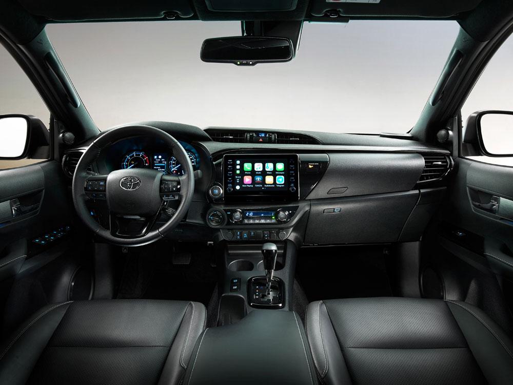 Toyota-Hilux-Dashboard