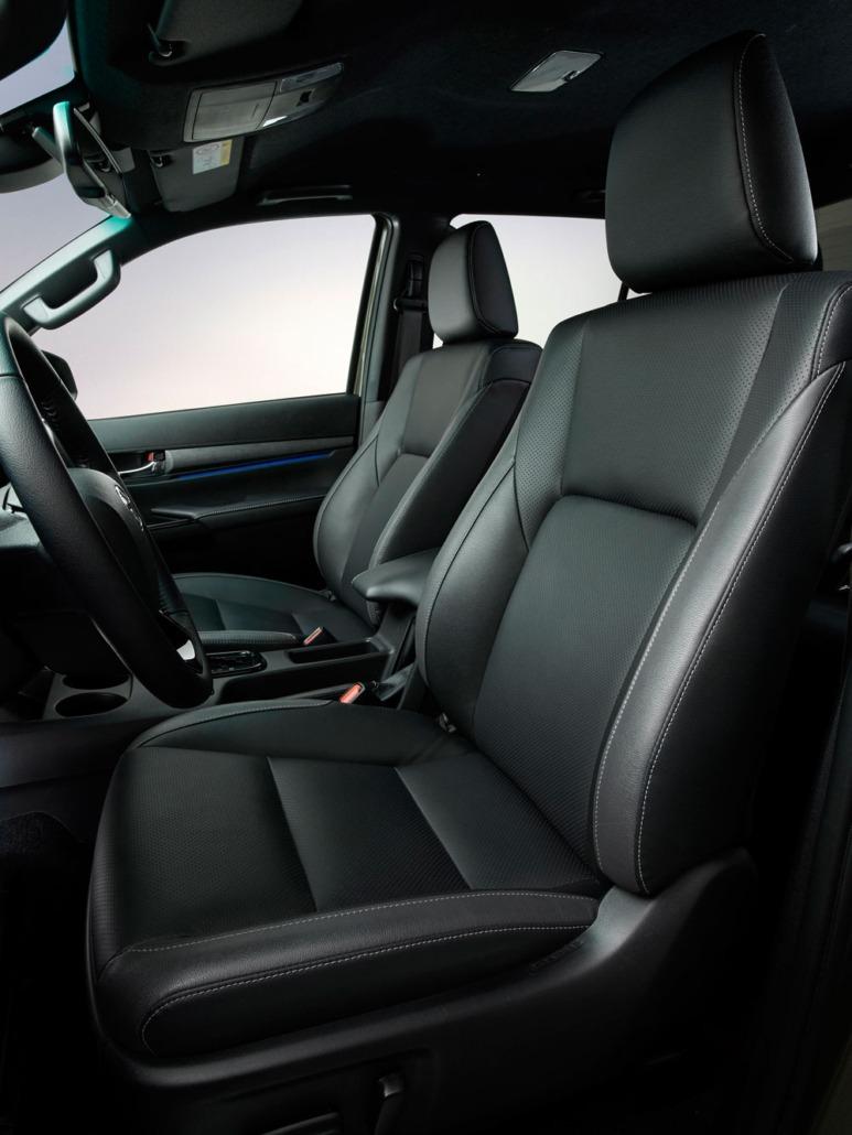 Toyota-Hilux-voorstoel-leder