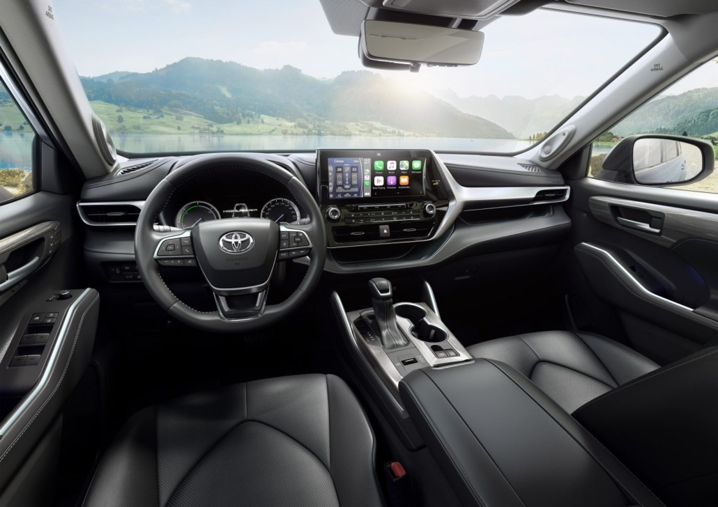 Toyota-Highlander-achter het stuur