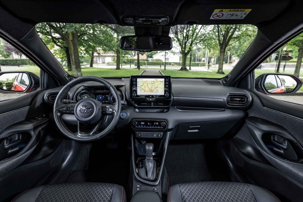 05-Toyota-Yaris-Europese-Auto-van-het-Jaar-2021