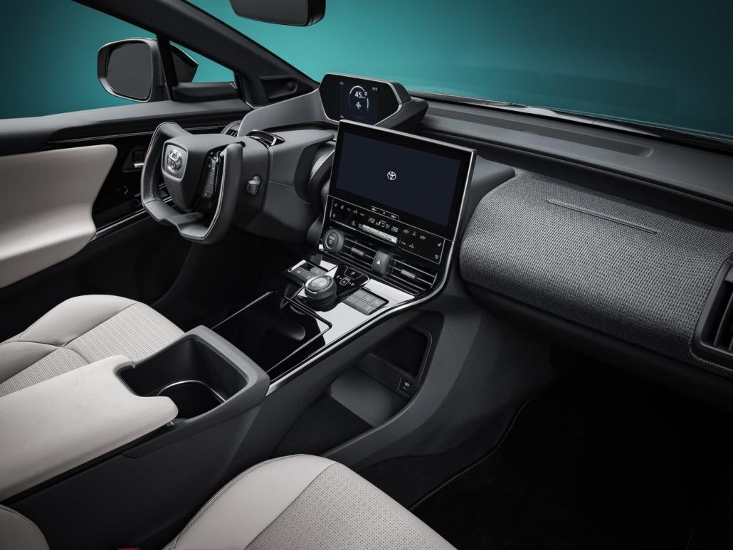 07_Toyota_bZ4X_Concept_interieur-1500x1125