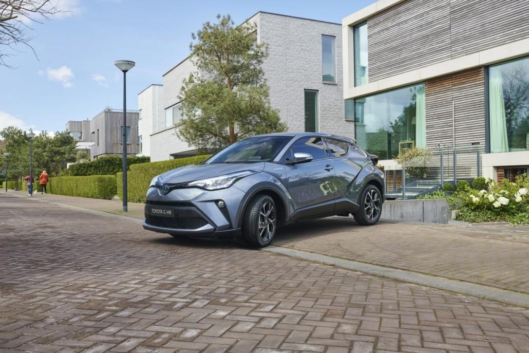 02-Toyota-upgrade-Hybrid-1500x1000